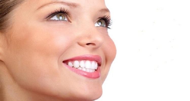 καθαρισμός δοντιών και στοματική φροντίδα